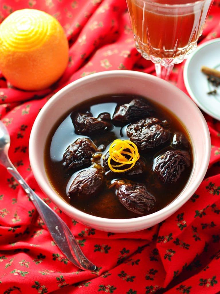 polish dried fruit compote christmas - Polish Christmas Traditions